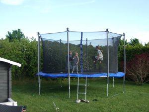 trampoline-182214_640